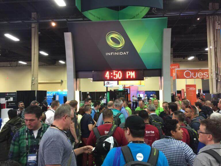 VMWorld Crowded Booth
